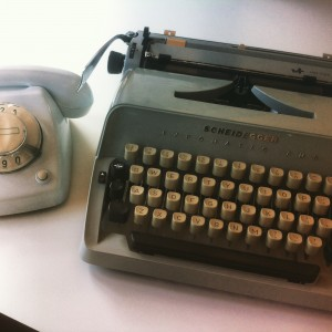old typewriter phone